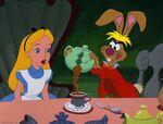 Alice-disneyscreencaps com-5212