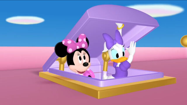 File:Minnie and daisy at the rooftop door.jpg