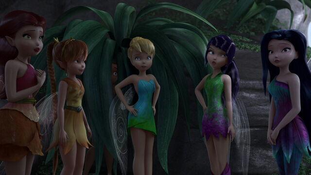 File:Pirate-fairy-disneyscreencaps.com-2905.jpg