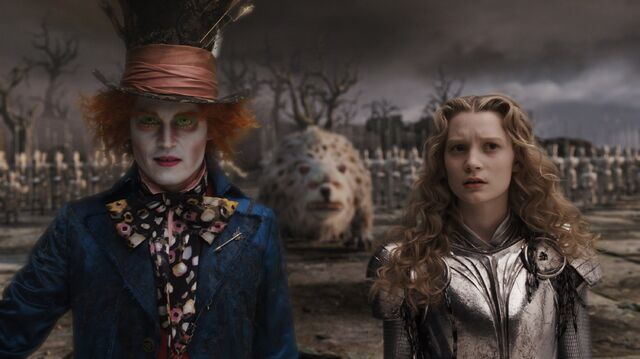 File:Tim Burtons Alice in Wonderland 56.jpg