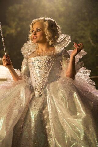 File:Cinderella 2015 51.jpg