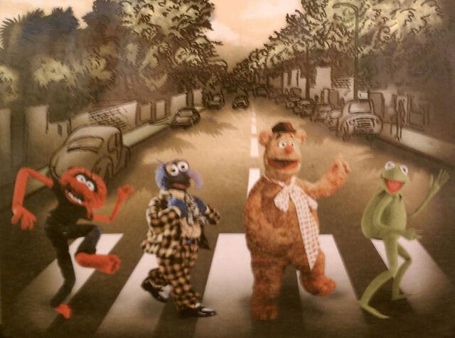 File:Tshirt-muppets-abbeyroad.jpg
