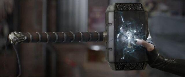 File:Thor Ragnarok 06.jpg