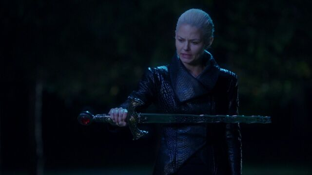 File:Once Upon a Time - 5x10 - Broken Heart - Dark One I Summon Thee.jpg