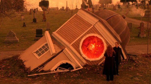 File:Once Upon a Time - 5x20 - Firebird - Portal.jpg