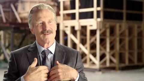"Captain America Civil War Behind-The-Scenes ""General Ross"" Interview - William Hurt"