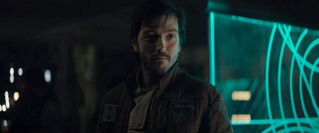 File:Rogue-One-A-Star-Wars-Story-Diego-Luna-as-Cassian-Andor-1.jpg