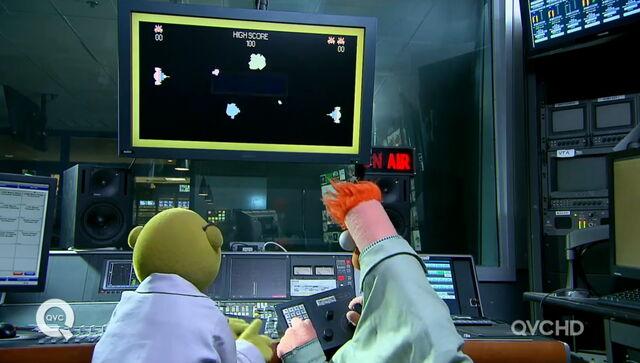 File:Qvc bunsen beaker games.jpg