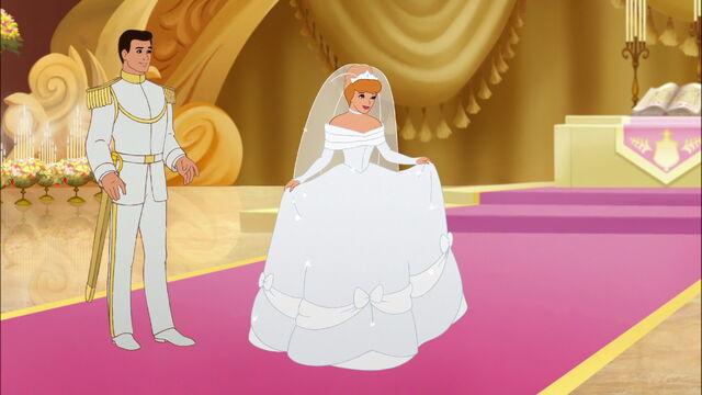 File:Cinderella3-disneyscreencaps.com-7595.jpg