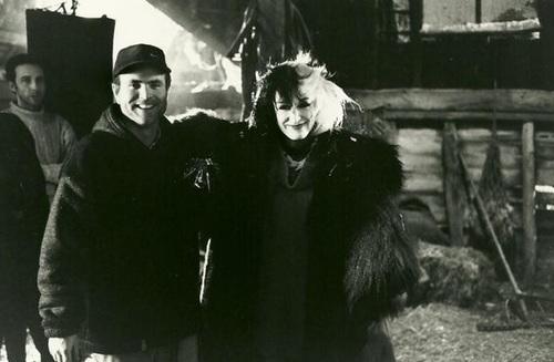 File:Glenn Close on set.jpg