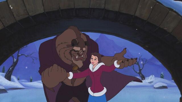 File:Beauty-beast-christmas-disneyscreencaps.com-1083.jpg