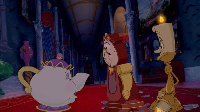 File:Beauty-and-the-beast-disneyscreencaps.com-3977.jpg