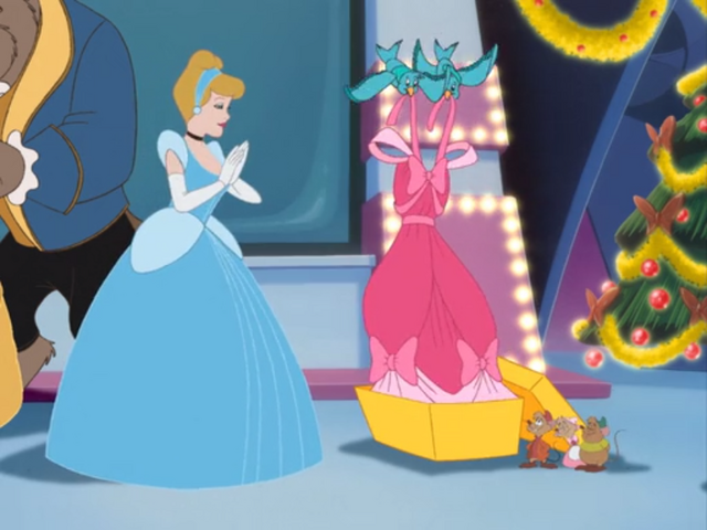 File:Cinderella's dress MMCSIATTHOM.png