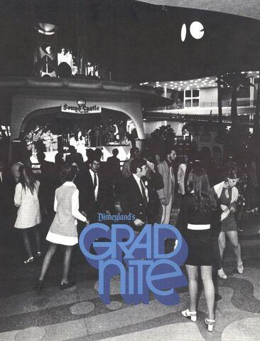 File:Grad nite 71 back.jpg