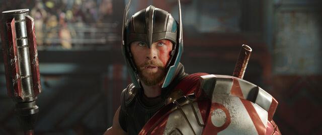 File:Thor Ragnarok 94.jpg