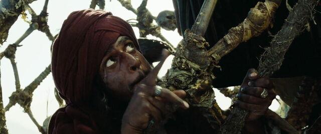 File:Pirates2-disneyscreencaps.com-4336.jpg