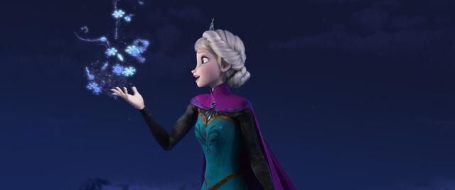File:Elsa-magic.jpg