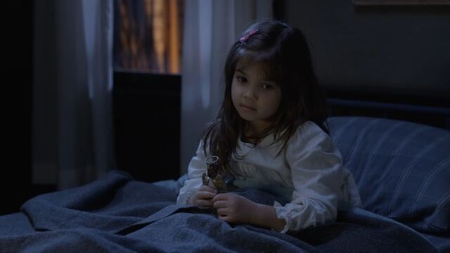 File:Quinn in bed.jpg