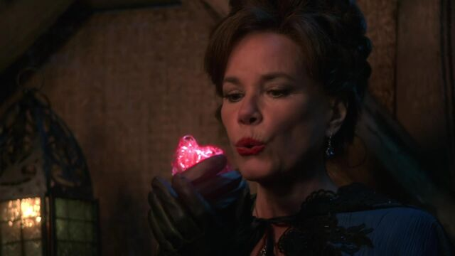 File:Once Upon a Time - 2x08 - Into the Deep - Cora and Heart.jpg