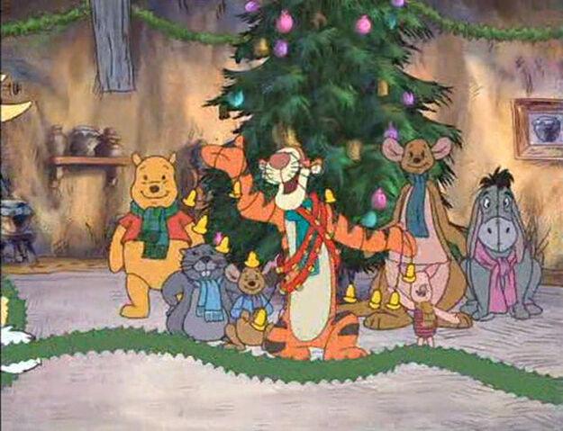 File:Merry-pooh-year-disneyscreencaps.com-612.jpg