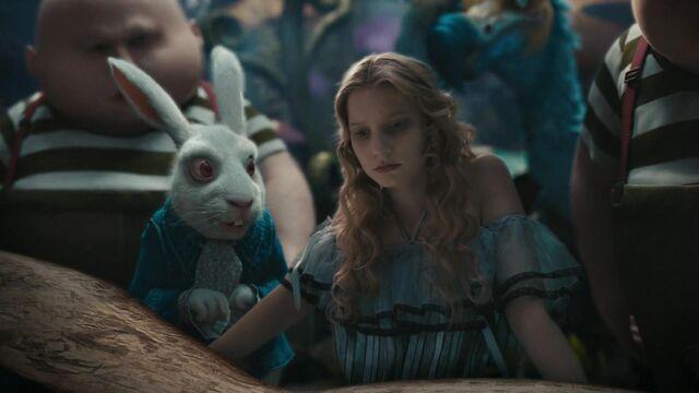 File:Alice-in-wonderland-disneyscreencaps.com-2285.jpg