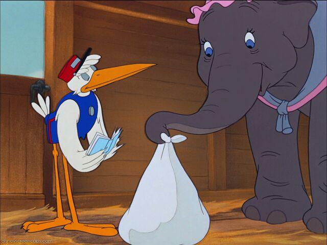 File:Dumbo-disneyscreencaps com-696.jpg
