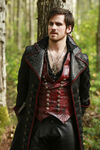 Once Upon a Time - 5x08 - Birth - Released Image - Hook 4