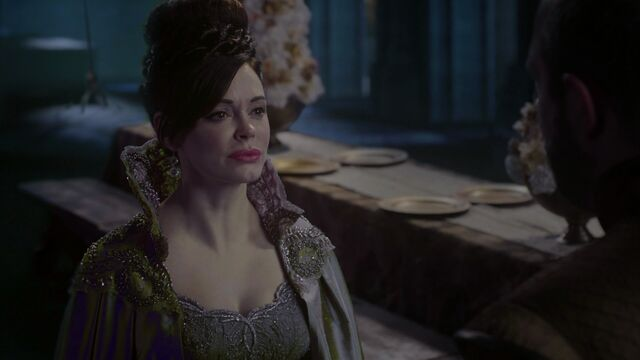 File:Once Upon a Time - 3x18 - Bleeding Through - Cora Accused.jpg