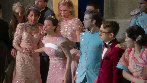 File:Descendants Movie Coronation Audrey.jpg