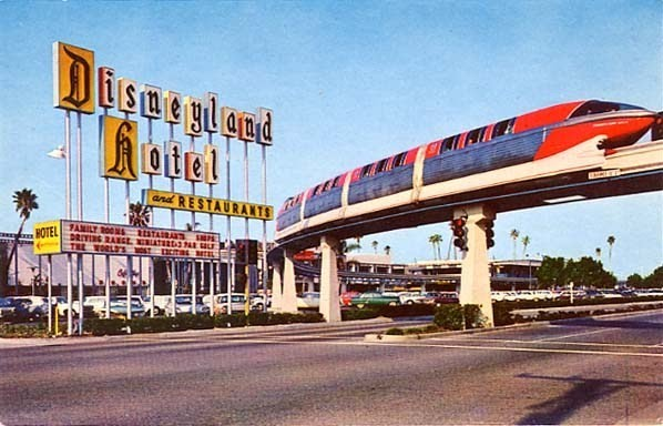 File:Disney-monorail.jpg