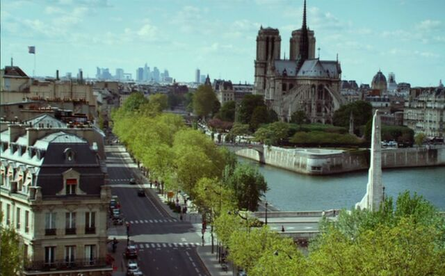 File:Paris France in The Muppets.jpeg