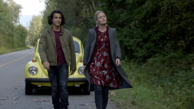File:Once Upon a Time - 6x06 - Dark Waters - Aladdin and Emma.jpg
