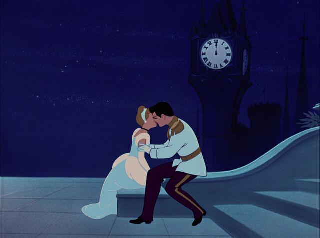 File:Cinderella-disneyscreencaps.com-6291.jpg