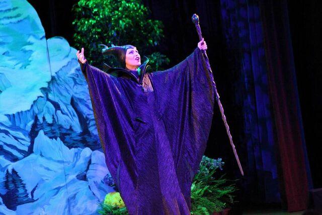 File:Maleficent-(2014)-186.jpg