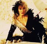 Cruella-Glenn-Close