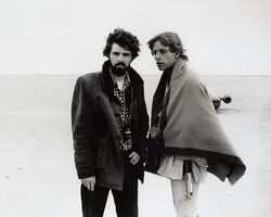 George-lucas-mark-hamill-star-wars-med