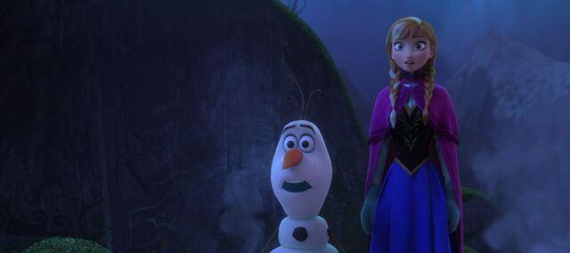 File:Frozen-disneyscreencaps.com-7487.jpg