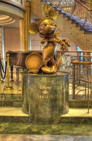File:DisneyFantasy2.jpg