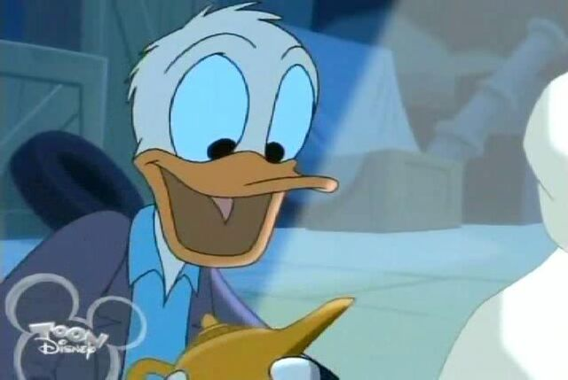 File:House Of Mouse - (Ep. 10) - Donald's Lamp Trade Gaze.jpg