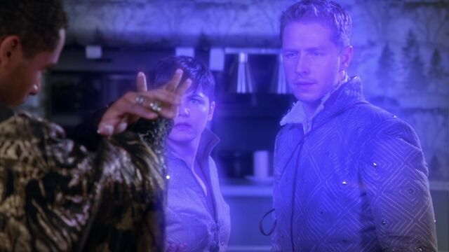 File:Once Upon a Time - 5x05 - Dreamcatcher - Snow and Charming free fro Spell.jpg
