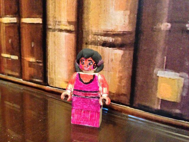 File:Lego Shanti (The Girl).jpeg