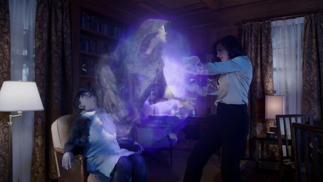 File:Once Upon a Time - 3x18 - Bleeding Through - Removing Cora's Ghost.jpg