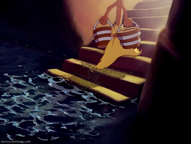 File:Fantasia-disneyscreencaps com-2455.jpg