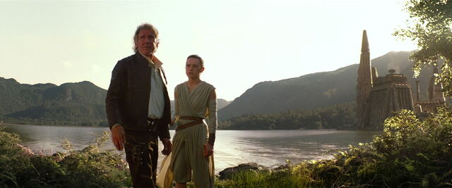 File:Rey and Solo on Takodana.jpg
