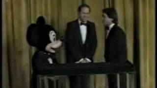 File:Disney goes to the oscars 1986.jpg