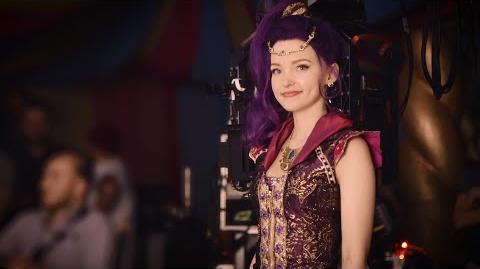 """Dove Cameron """"Genie In A Bottle"""" - Total Access"""