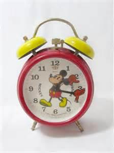 File:Vintage micky clock.jpg