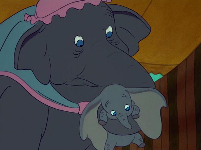 File:Dumbo-disneyscreencaps.com-2082.jpg