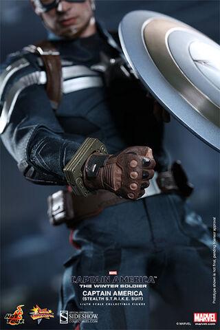 File:902187-captain-america-stealth-s-t-r-i-k-e-suit-015.jpg