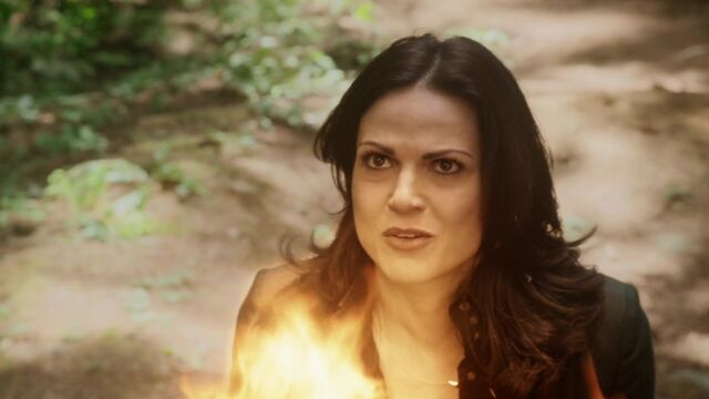 File:Once Upon a Time - 5x02 - The Price - Regina Fireball.jpg